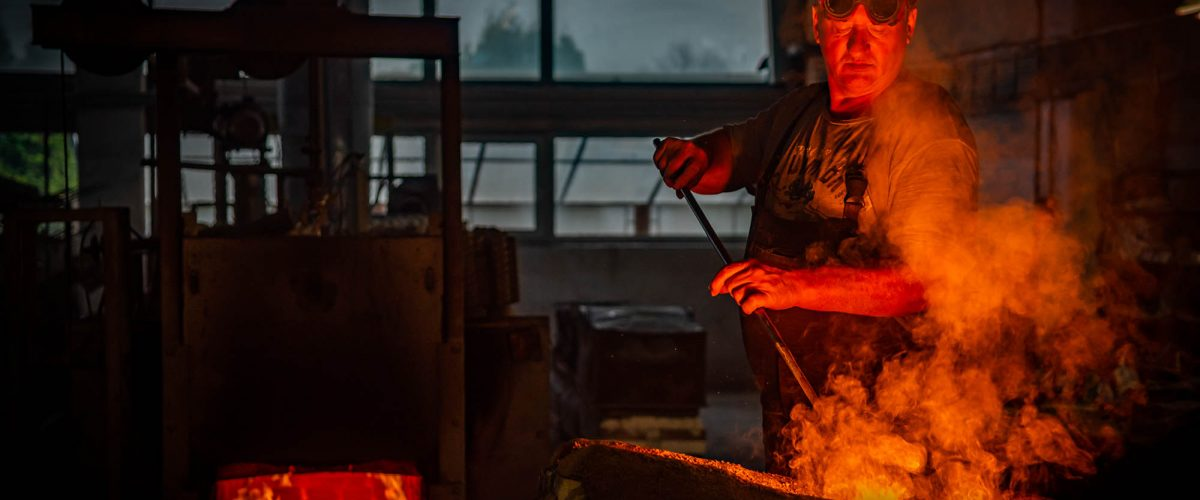 Investment casting / foundry